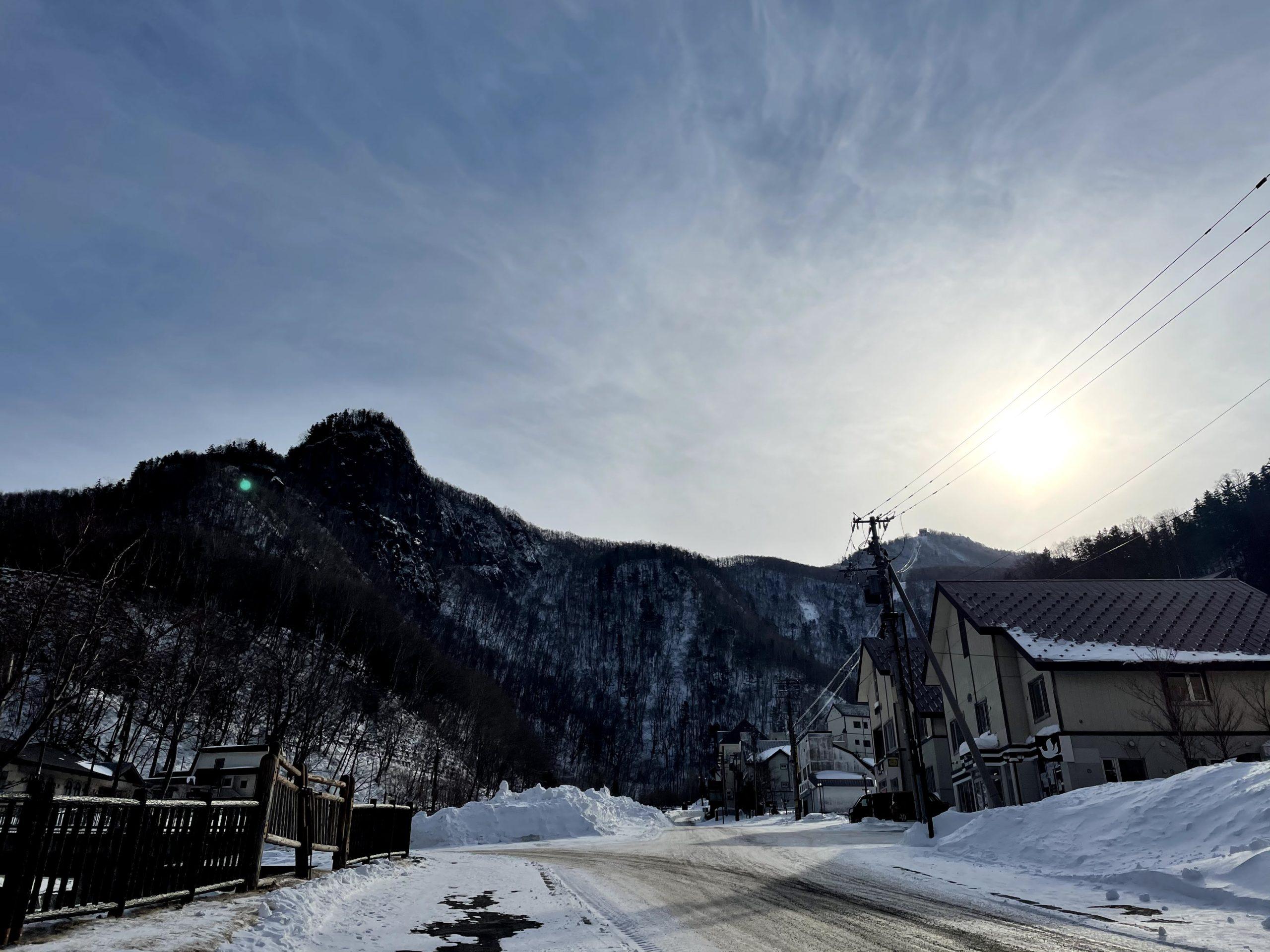 氷点下の地で自分と向き合い、次の一年を整える養生リトリート – HOTEL KUMOI滞在記(前編)